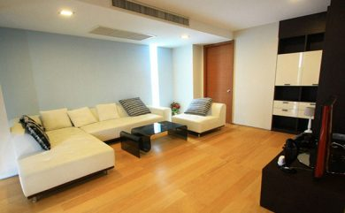 Ficus-Lane-Bangkok-condo-2-bedroom-for-sale
